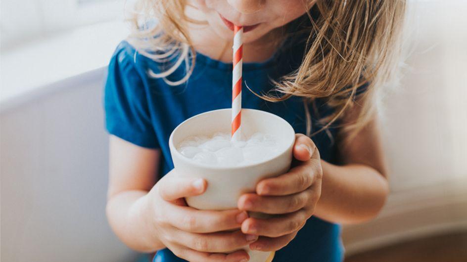 Il latte fa bene o fa male? Perché è un alimento spesso preso di mira?