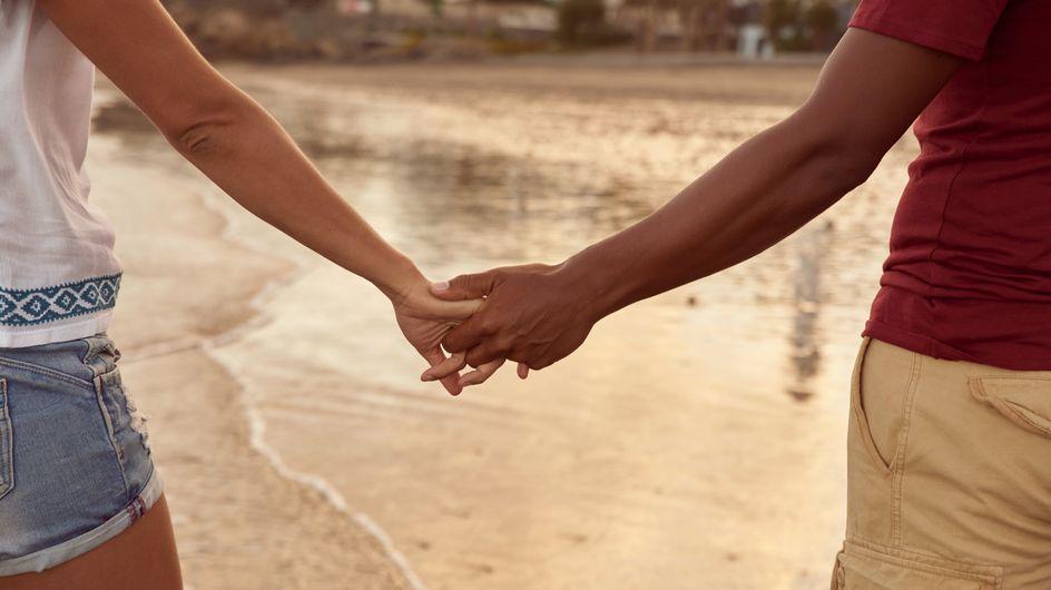 Amour de vacances : comment le faire perdurer au-delà de l'été ?