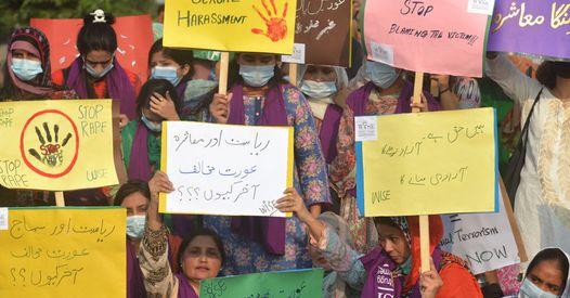 Au Pakistan, horrible agression collective contre une jeune femme
