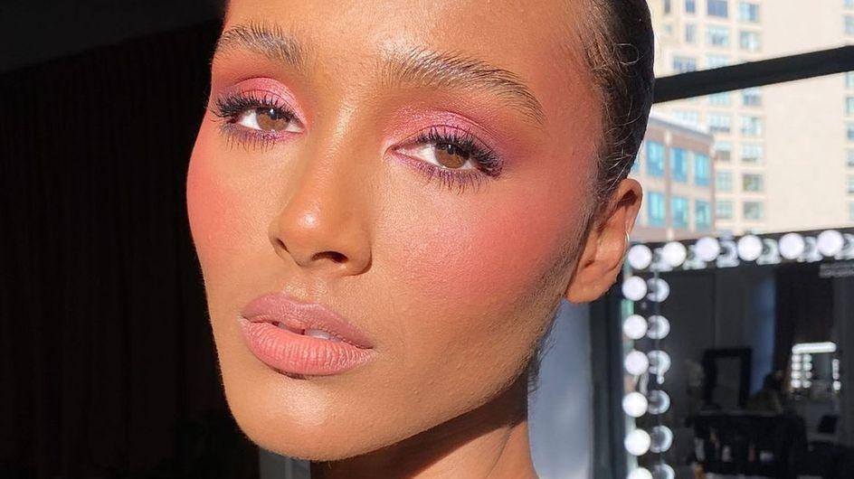 Fard à paupières rose : la tendance maquillage à piquer aux stars