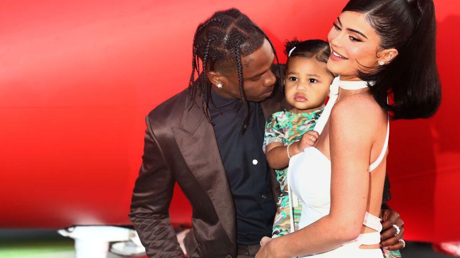 Kylie Jenner è di nuovo incinta e lo annuncia con un commovente video sui social