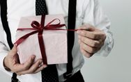Nos idées cadeaux pour un homme de 60 ans