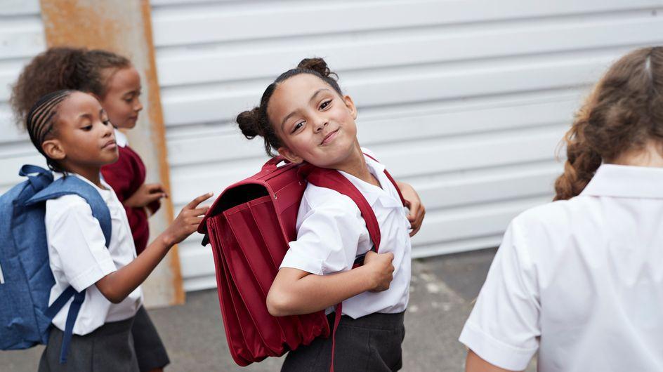 Les enfants vont-ils bientôt devoir porter des uniformes à l'école ?