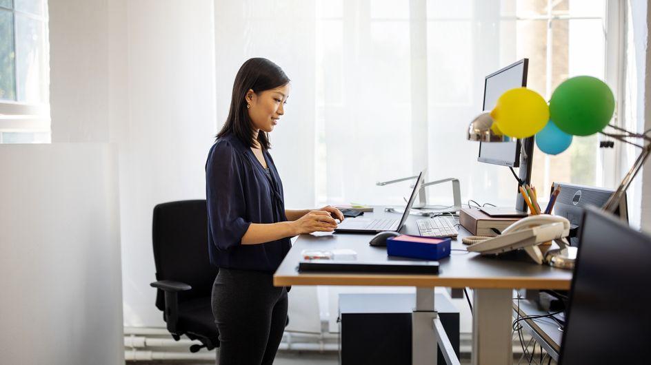 Bureau assis debout : guide d'achat comparatif pour le choisir