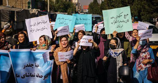 L'appel de féministes françaises pour sauver les Afghanes