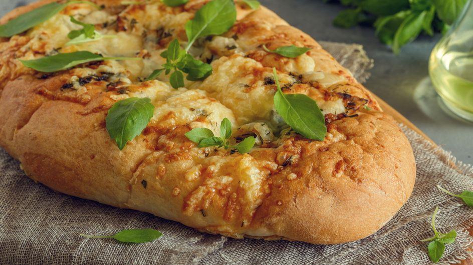 Connaissez-vous la Fugazzeta, cette pizza argentine à l'oignon et farcie au fromage ?