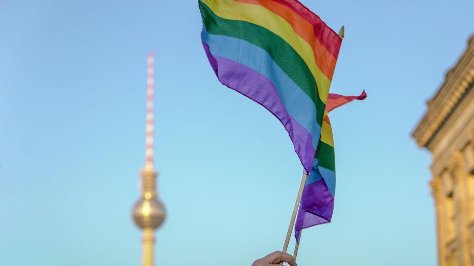 Les couples homosexuels suisses bientôt autorisés à adopter un enfant