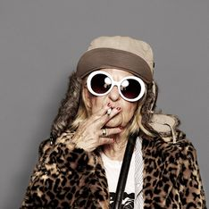 Quand la mamie la plus cool du web se prend pour Kate Moss et Kurt Cobain (Photos)