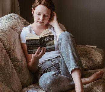 ¿No sabes qué novela regalar? 10 libros recomendados para mujeres