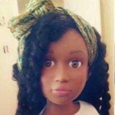 Cette maman lutte contre les diktats de la beauté en créant de magnifiques poupées