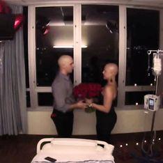 Propone matrimonio a su novia justo después de su última sesión de quimioterapia