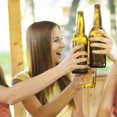 Aperitivo con le amiche? Le alternative all'alcol in gravidanza. Cocktail e birre analcoliche per non rinunciare all'happy hour