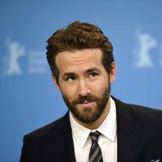 Ryan Reynolds complètement gaga de sa petite James