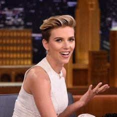 Scarlett Johansson incognito et gênante
