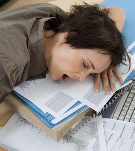 5 trucchi per fare un sonnellino in ufficio senza essere scoperte