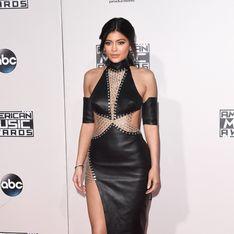 Les stars se dénudent aux American Music Awards 2015