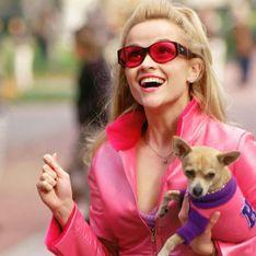 Nostalgie mode : le total look rose de la Revanche d'une blonde
