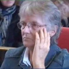 Jacqueline Sauvage : On ne doit pas se laisser faire, recevoir des claques n'est pas normal