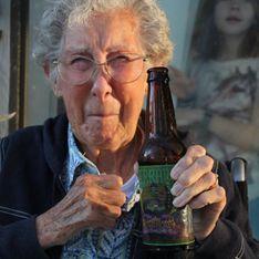 A 90 ans, elle apprend qu'elle a un cancer et préfère faire le roadtrip de sa vie (Photos)
