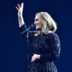 Moment d'émotion entre Adele et son fils en plein milieu d'un concert (Vidéo)