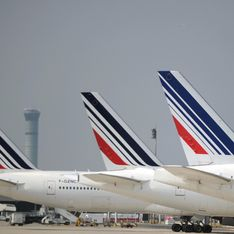 Des hôtesses d'Air France refusent de porter le voile en Iran