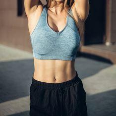 Straffe Taille, flache Abs: Dieses effektive Bauch-Workout funktioniert im Stehen!