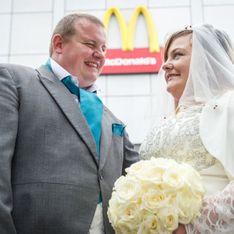 Pour sa fille, cette femme se marie chez McDonald's (Photos)