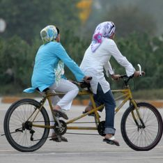 On leur interdit de faire du vélo, les Iraniennes ripostent (Photos)