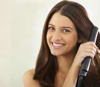 Piastre per capelli: tipi e caratteristiche per scegliere quella più adatta a te