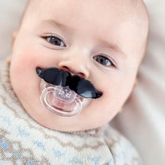 Nuckel, Schnuller & Co.: Was ist das Richtige für mein Baby?