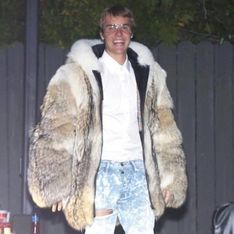 Justin Bieber s'attire à nouveau les foudres de la PETA (Photos)