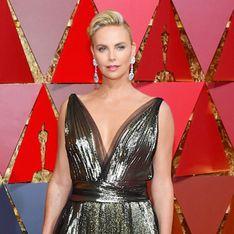 La télé iranienne censure la tenue de Charlize Theron aux Oscars. Normal ! (Vidéo et Photos)