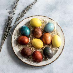 Eier natürlich färben: So klappt's mit rote Bete, Kurkuma & Co.