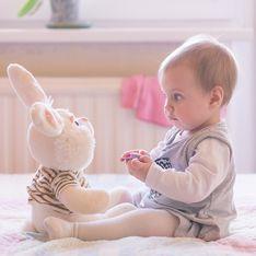 Bébé a 9 mois : quels sont ses progrès ?