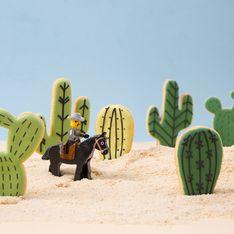 Einfach genial: So leicht backst du süße Kaktus Kekse