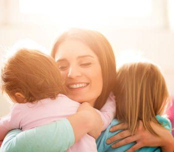 Amamentação em tandem: amamentar dois filhos ao mesmo tempo é possível