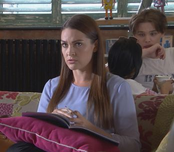 Hollyoaks 05/07 - Sienna Confides In Farrah