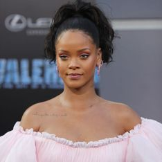 Rihanna interpelle Emmanuel Macron sur Twitter. Il l'invite à l'Elysée...