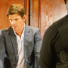 Coronation Street 31/07 - Robert Resorts To Drastic Measures