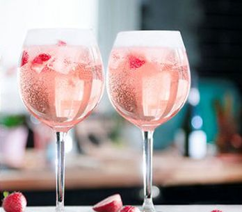 Pink Gin Is Here To Give Your G&T An Instagrammable Summer Makeover