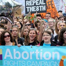 Les Irlandais descendent dans la rue en faveur du droit à l'avortement