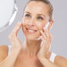 Perché devi usare una crema antirughe diversa prima e dopo i 45 anni