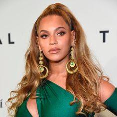Beyoncé, sublime dans une sculpturale robe vert émeraude (Photos)