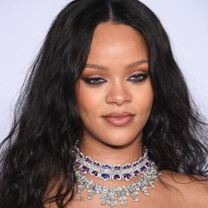 En jogging et talons hauts, Rihanna surprend ses fans avec un look étonnant ! (Photos)