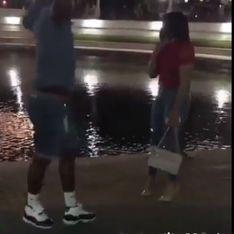 WTF ? Il retire sa Jordan avant de la demander en mariage... (vidéo)
