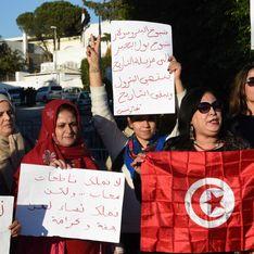 Les Tunisiennes en colère après avoir été interdites de vol