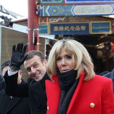 Brigitte Macron en Chine, son manteau rouge fait des envieuses (Photos)