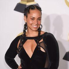 Alicia Keys foule le tapis rouge des Grammys sans maquillage, on adore (Photos)