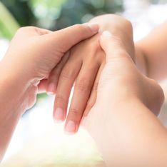 Relaxen und genießen: So geht die Handmassage für zu Hause