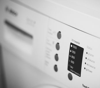 Cosa succede se non lavi la lavatrice per troppo tempo (potresti pentirtene!)
